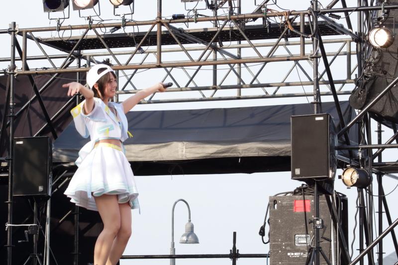 【アイドル横丁夏まつり!!】AKB48チーム8登場!ライブスタートは神奈川県代表・小田えりな!!