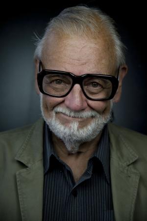「ムービープラス」にてジョージ・A・ロメロ監督を偲ぶ『ゾンビ』2バージョンの緊急放送が決定