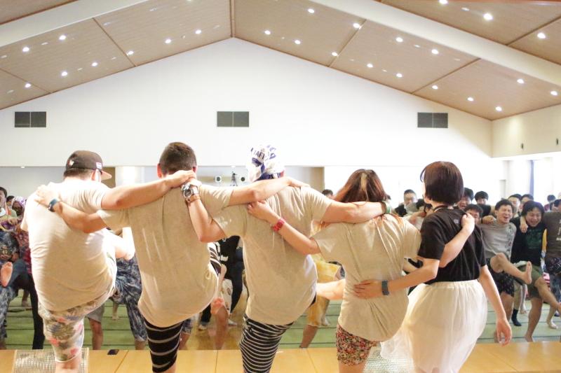 大森靖子、アプガ、ブクガら盛り上げる!温泉×ライブの「湯会」で心も体もリフレッシュ!