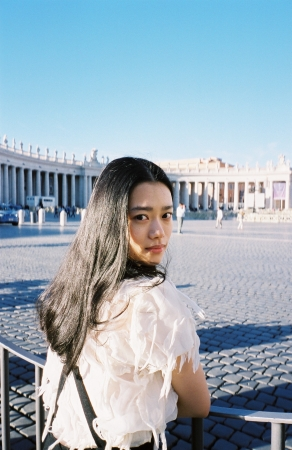 杉咲花1st写真集