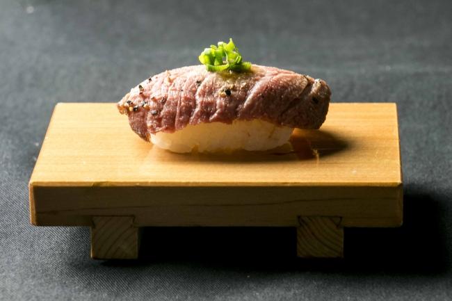 埼玉県「入間市」肉寿司が話題沸騰の国産牛焼肉食べ放題『肉匠坂井』 3月8日(木)グランドオープン!