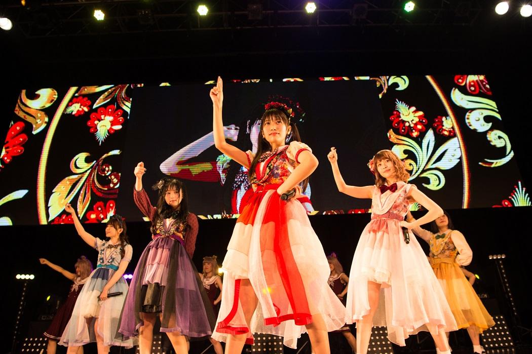 まねきケチャが8月25日(土)に日比谷野外大音楽堂単独公演「夏の野音deまねきケチャ」を開催!