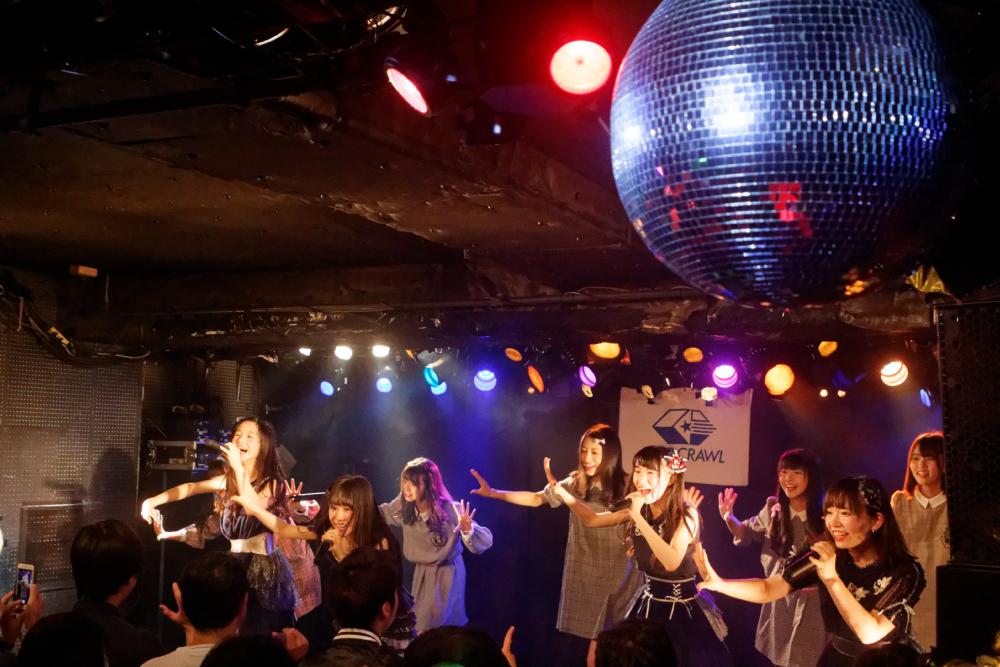 PINKYCASE×ぴーおん 2マンLIVE!はじける笑顔の元気なライブでそれぞれ新曲を披露!