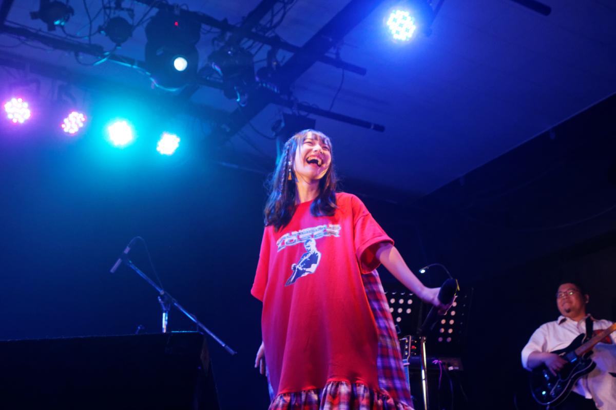 内田珠鈴が笑顔と涙の3rdワンマン!気持ちを出し切ったステージに渋谷duoでの4thワンマンも発表
