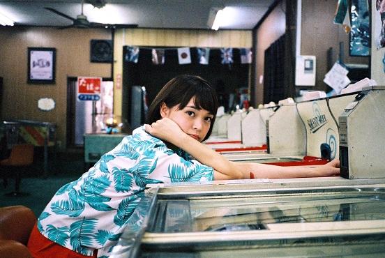 Negicco、Kaedeがソロ活動開始。CD-Rでのシングル「クラウドナイン」をリリース