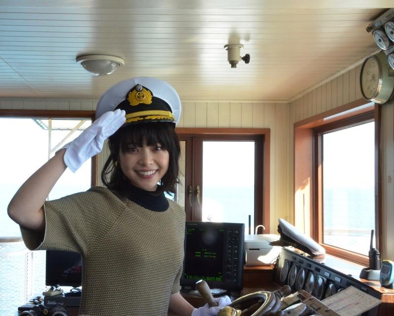 女優 岸井ゆきのが1日船長に登場。琵琶湖の観光シーズンが開幕『第64回びわ湖開き』