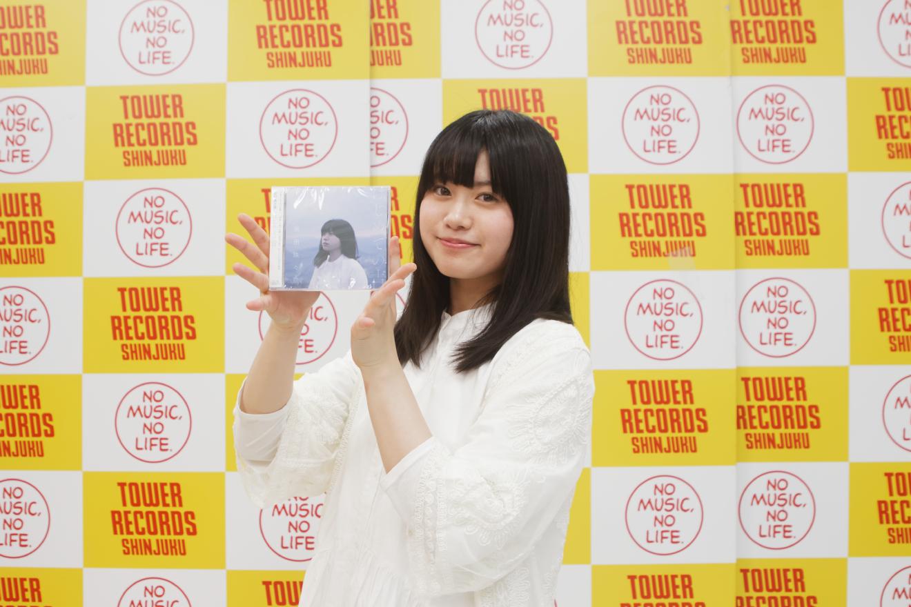 現役高校生シンガーソングライター原田珠々華、1stミニアルバムリリース記念イベントで熱唱!レポート&ミニインタビュー