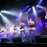 マジカル・パンチラインがクリスマスライブで新衣装・新曲を初披露! 結成4周年記念日に1stフルアルバム発売を発表