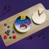 新作アイススイーツ「明治 エッセル スーパーカップSweet's ベリーベリーフロマージュ」登場!ベリーとチーズの組み合わせ
